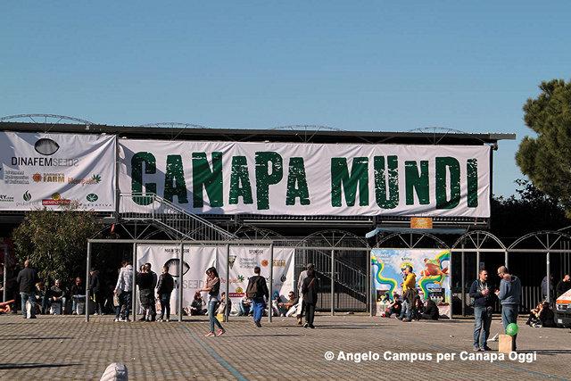 Canapa_Mundi_ingresso