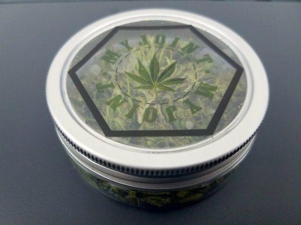 my joint cannabis legale, fiore in barattolo piccolo 7 grammi