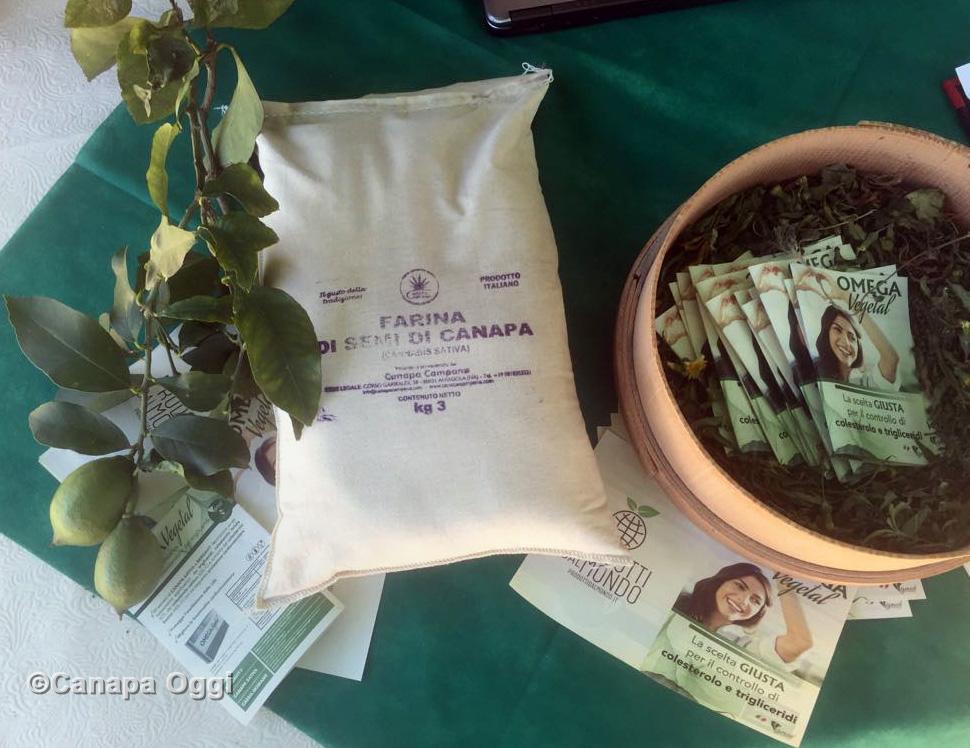 Canapa Campana, al Canapa Day 2018 l'Omega Vegetal integratore bergamotto con canapa e Cassia Nomame